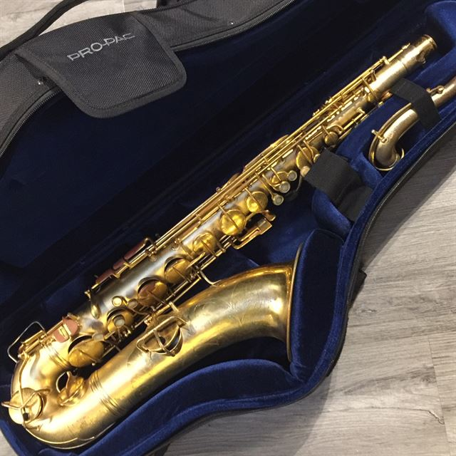 CONN NEW WONDER GOLD PLATED TENOR SAXOPHONE